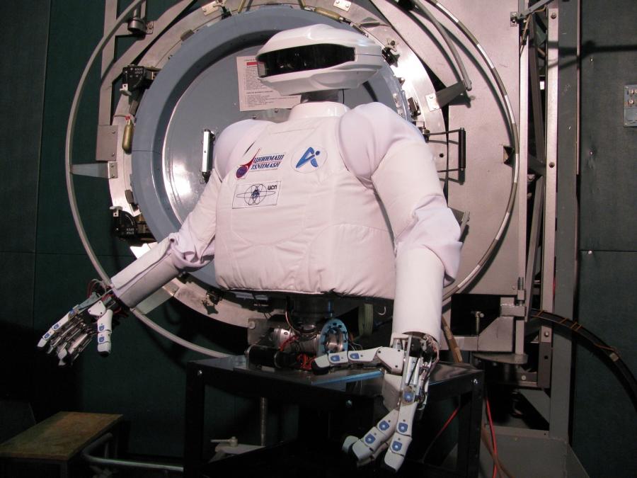 В РФ разрабатывают космического робота для отправки наМКС в 2021