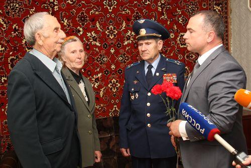 Поздравления ветеранам от главы администрации5