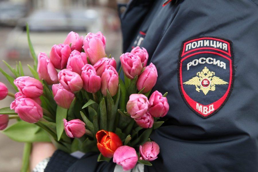 Видео поздравление женщинам полицейским, счастлива что есть